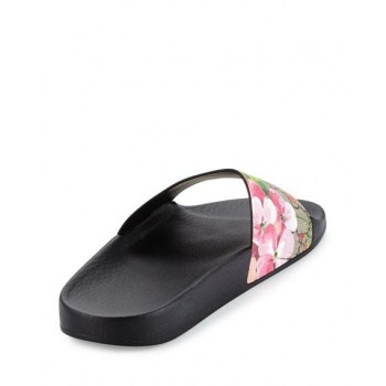 GUCCI Women's Slippers...